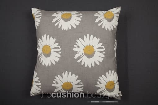 modern daisies on chalky grey background